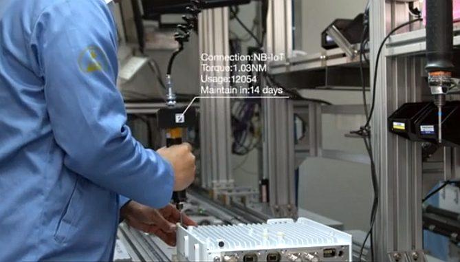 Outil de vissage connecté à l'usine Nanjing d'Ericsson.