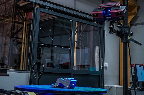 Scanner de métrologie 3D Atos de Gom utilisé par F3TEC.