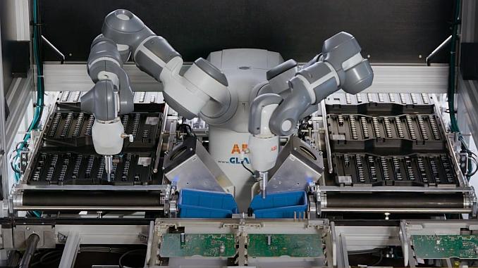 Robot collaboratif pour assemblage composants électroniques